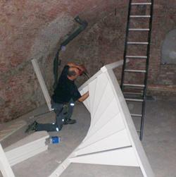 Plaatsen en leveren nieuwe van trap jongeneel trapmontage for Plaatsen trap